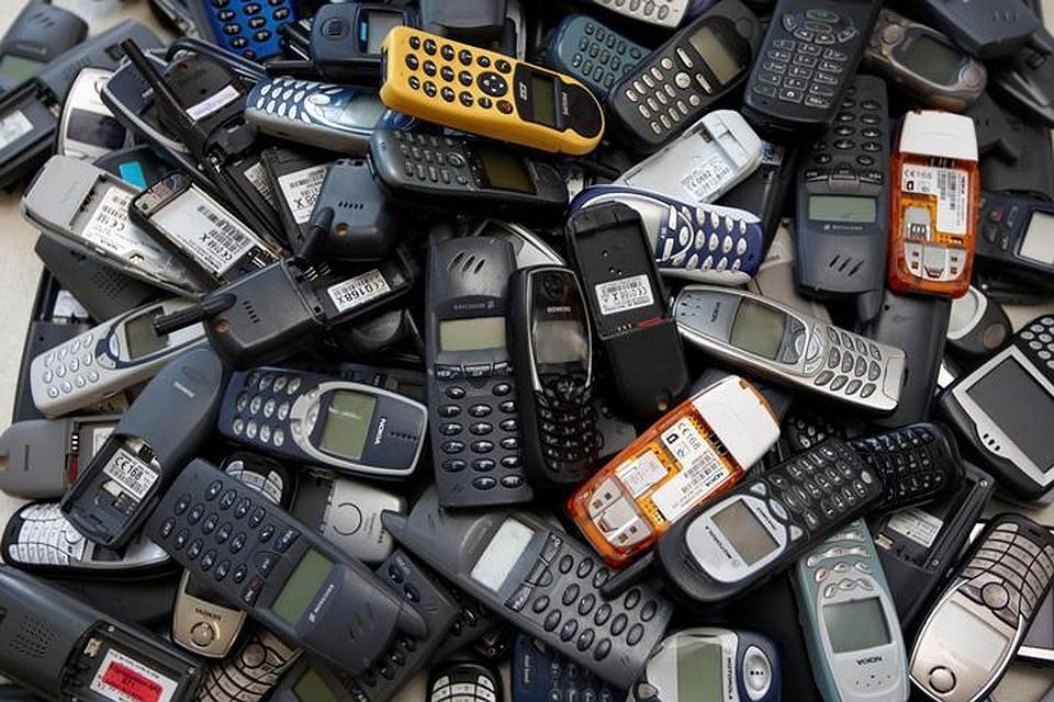 e57c2ca1593f4 В мире растут продажи телефонов без выхода в интернет