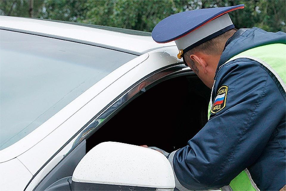 """Требования инспекторов ДПС водитель проигнорировал. Фото: архив """"КП"""""""