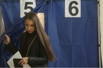 «Ну и передайте там наши пожелания»: в Кирове прошли довыборы в гордуму и Заксобрание