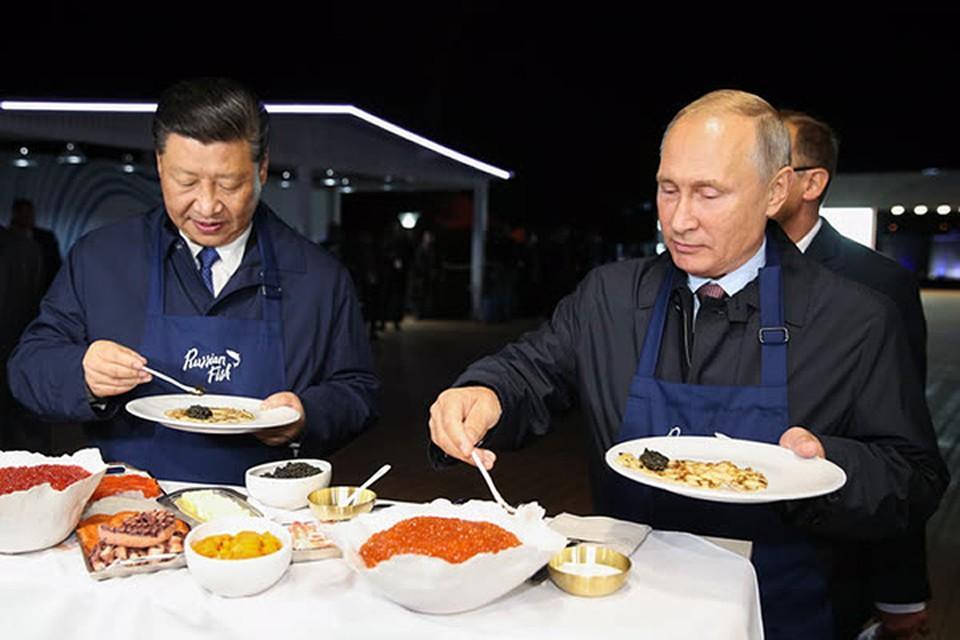 Си Цзинпиню тоже пришлось испечь блин, но уже русский