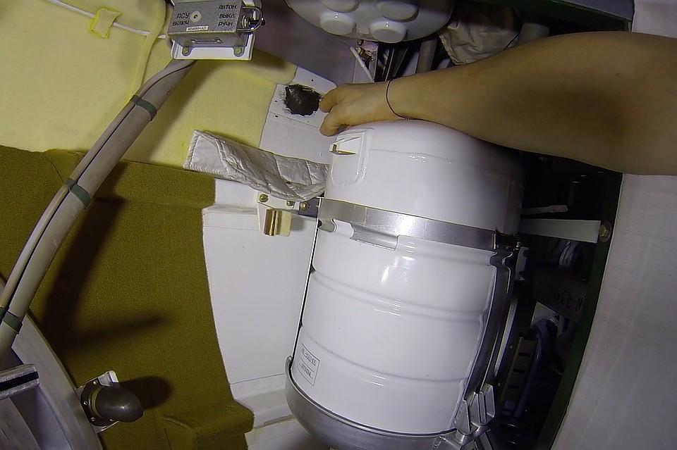 07:39Комиссия представила «Роскосмосу» фото «Союза» до появления отверстия