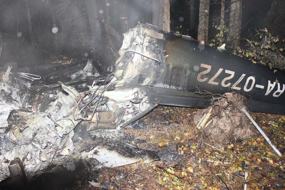 По предварительным данным, на борту самолета находились три человека