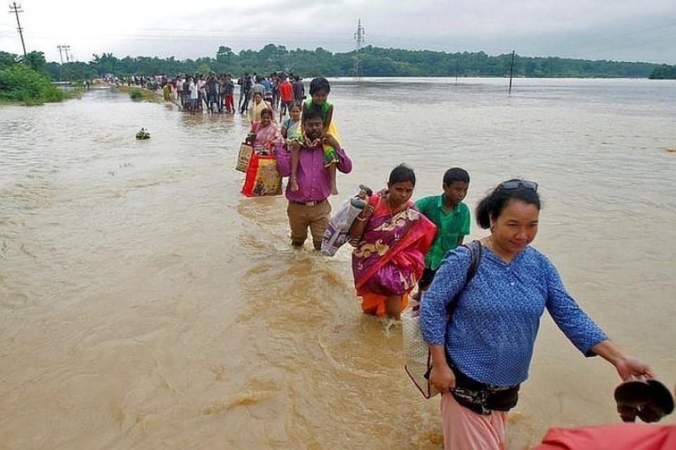 Во время наводнения в Индии погибли 57 человек