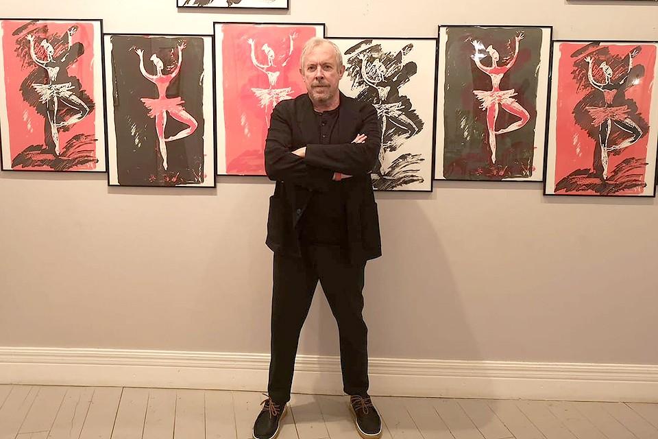Андрей Макаревич на выставке «Принцип красного».