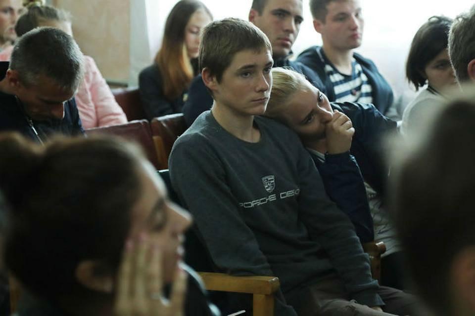 Студенты Керченского политехнического колледжа. Фото: официальная страница в Facebook Сергея Аксенова