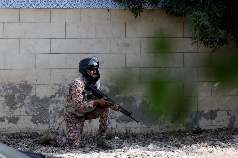 При взрыве на северо-западе Пакистана погибли 30 человек.