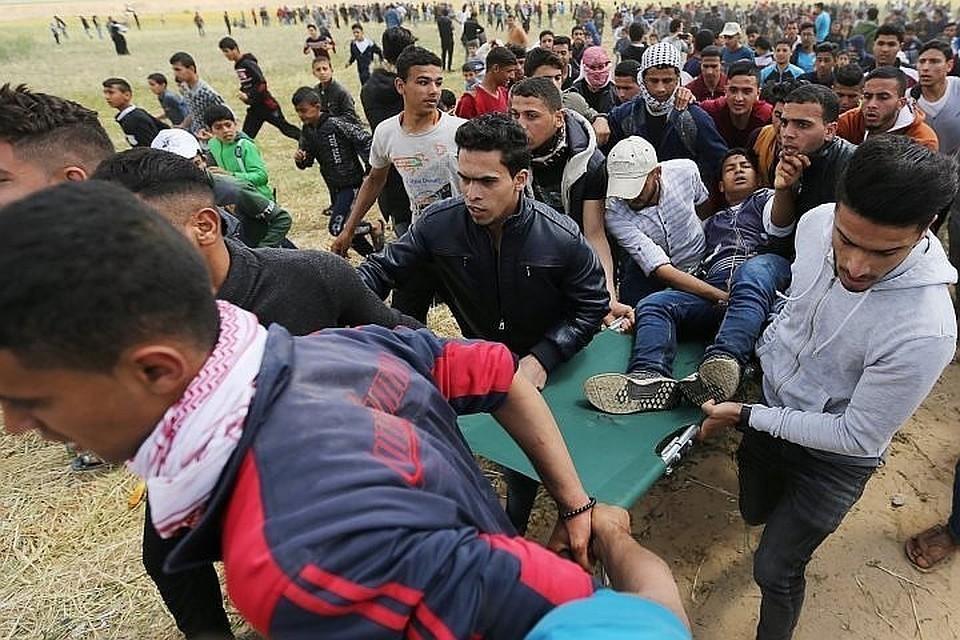 Более 10 человек были ранены боевыми пулями