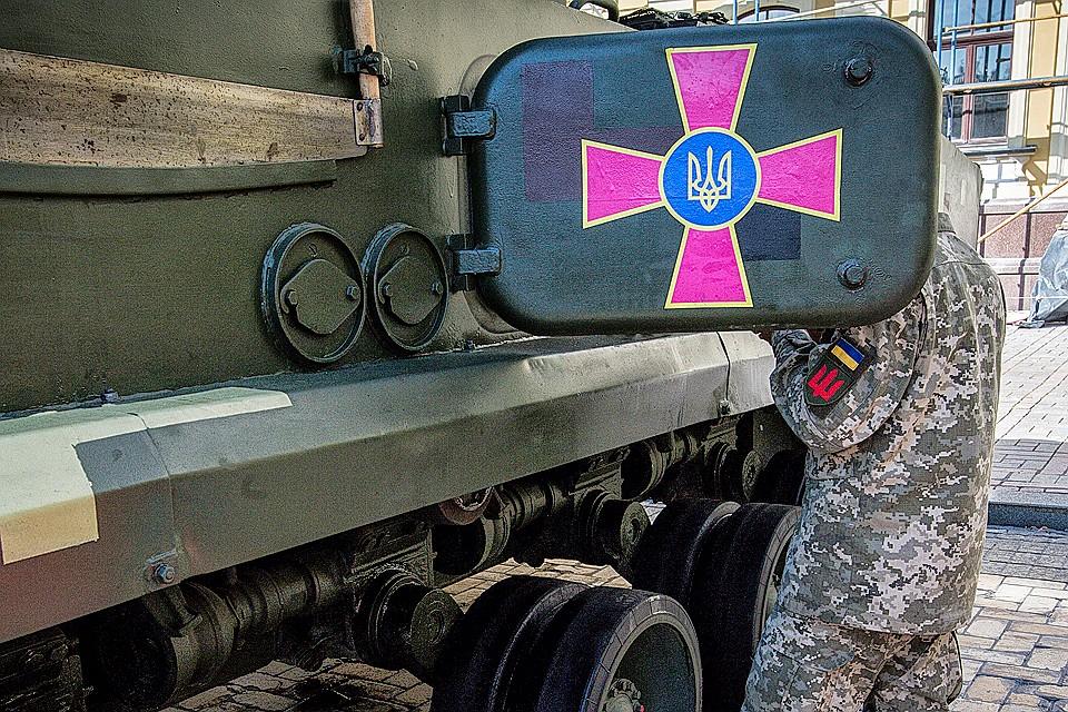 Провокация в Черном море - удобный способ решить внутриполитические проблемы украинской власти.