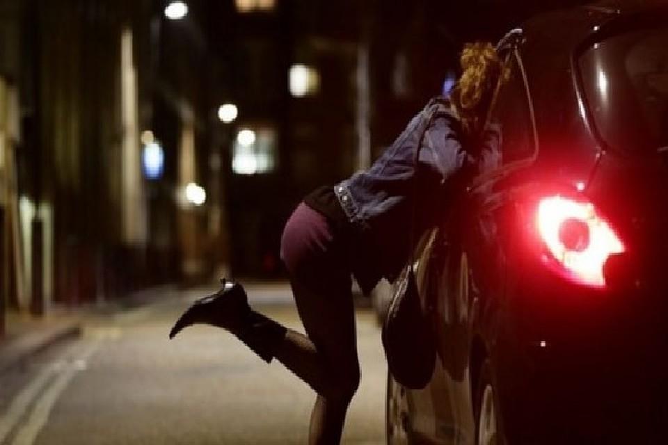 krupnoe-foto-moskovskih-prostitutok-zhestko-ebut-patsana-v-zhopu
