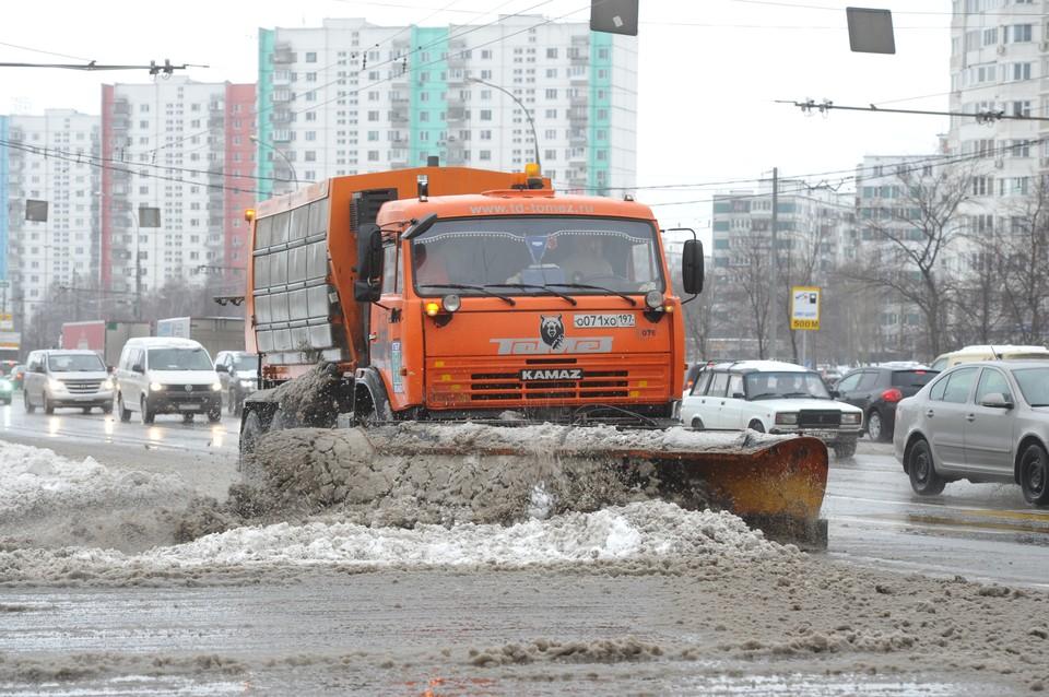 Дорожники очистили от снега 4 тыс. км дорог в Московской области