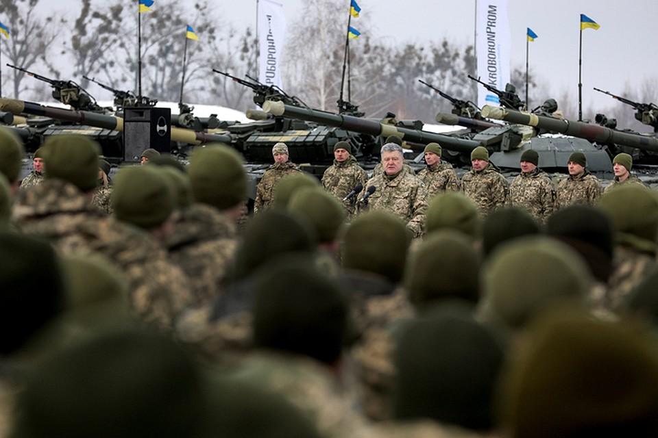 Для Порошенко маленькая победоносная война или небольшое болезненное поражение - возможность поднять свои рейтинги перед выборами