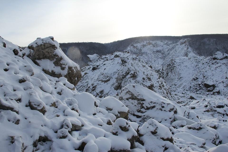Ученые рассказали из-за чего обрушилась сопка в Хабаровском крае