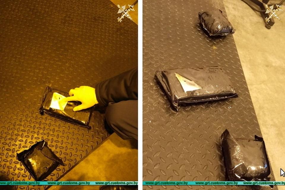 Иностранец пытался ввезти в Беларусь около 2,5 кг кокаина. Фото: Гродненская региональная таможня