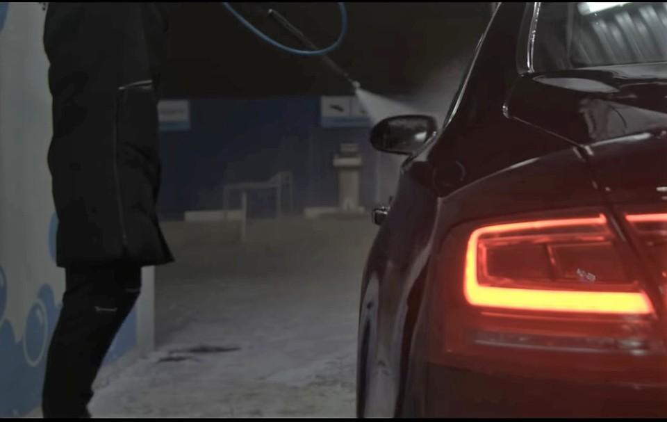 Звуки автомойки соединили с музыкой Чайковского