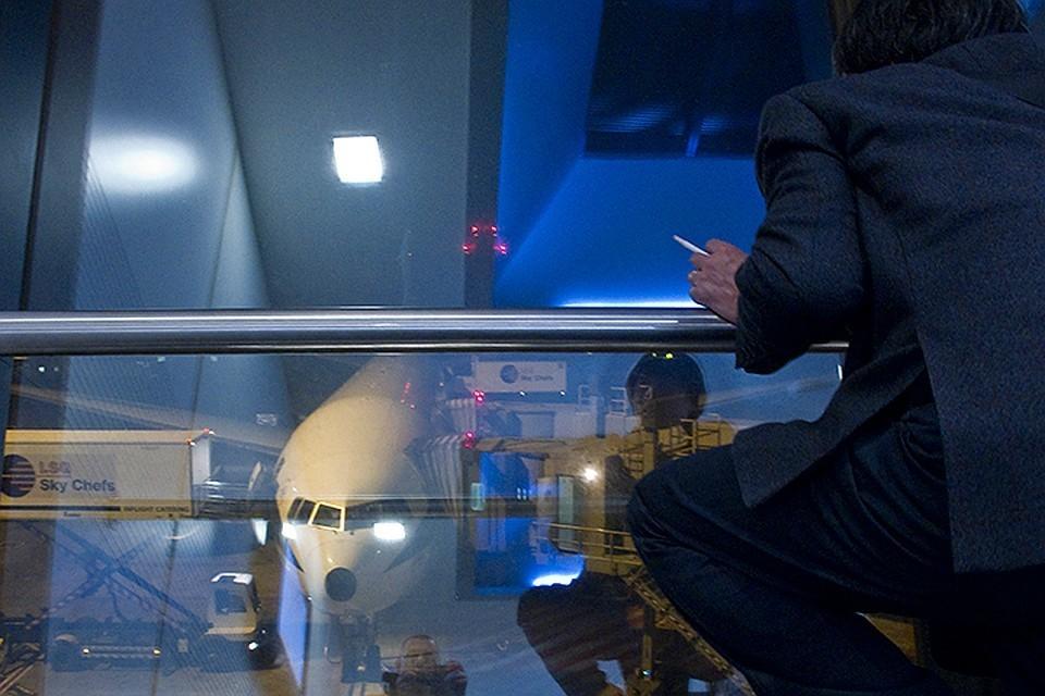 Совфед выступил против возвращения комнат для курения в аэропортах
