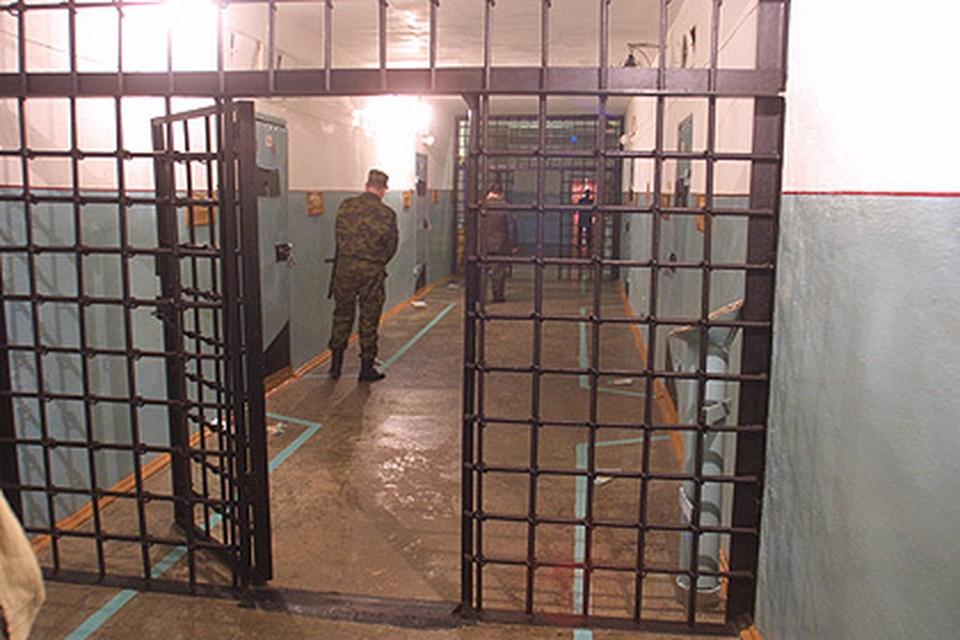 Участникам группировки грозит до 10 лет тюрьмы.