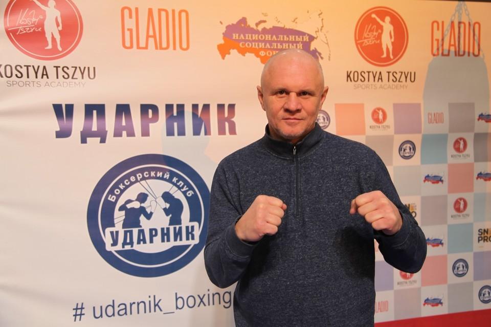 Боксер Андрей Шкаликов приехал в Челябинск.