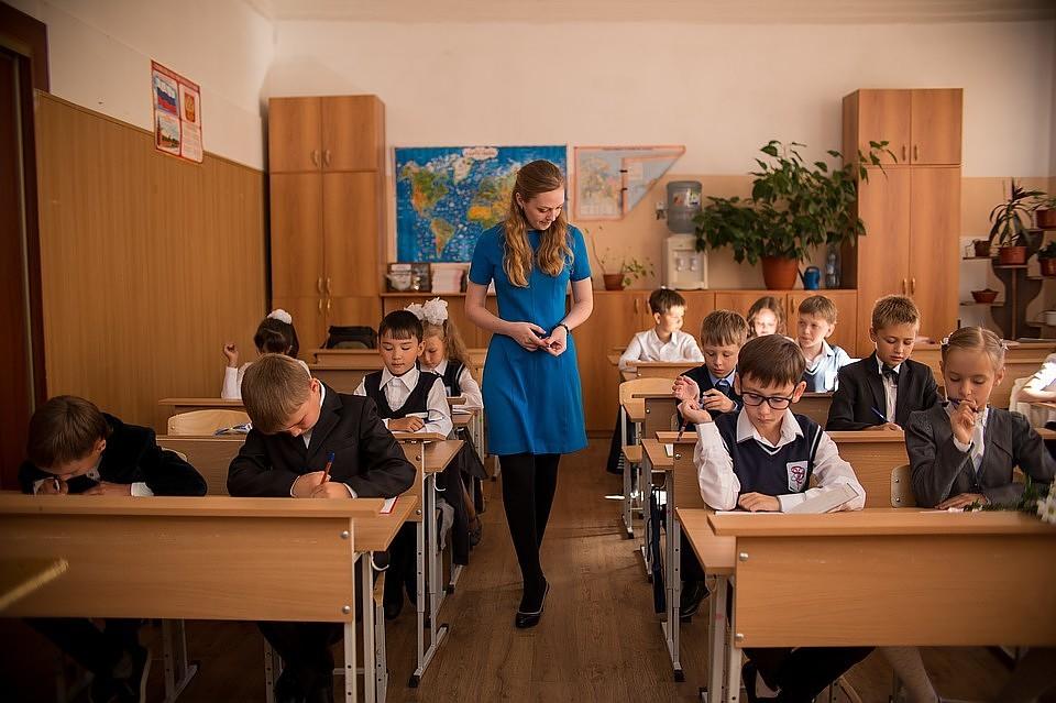 Спецкомиссия не выявила случаев голодных обмороков в школах Кузбасса