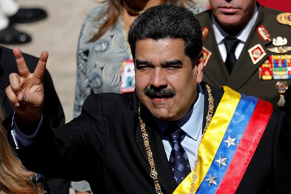 Действующий лидер Николас Мадуро обвинил американцев во вмешательстве