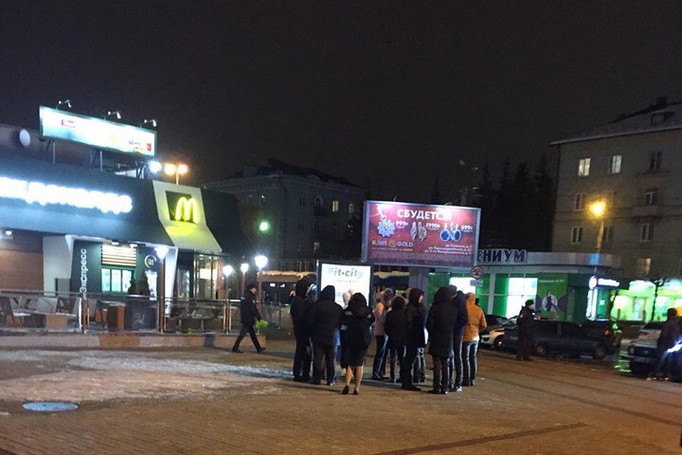 В Брянске эвакуировали кафе фастфуда и торговый центр e1ebb018d60