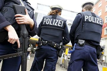 В Гамбурге мигранту за убийство жены и ребёнка дали пожизненное