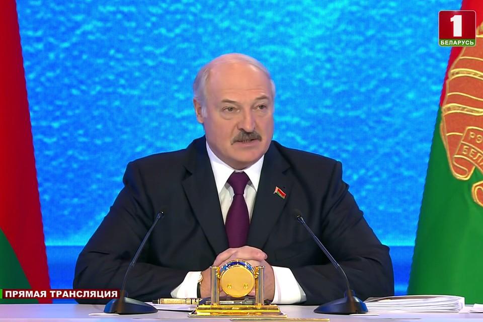 Картинки по запросу лукашенко В Минске прошла встреча Александра Лукашенко с представителями общественности фото