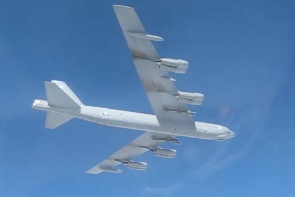 Сопровождение бомбардировщика B-52H ВВС США над водами Балтийского моря