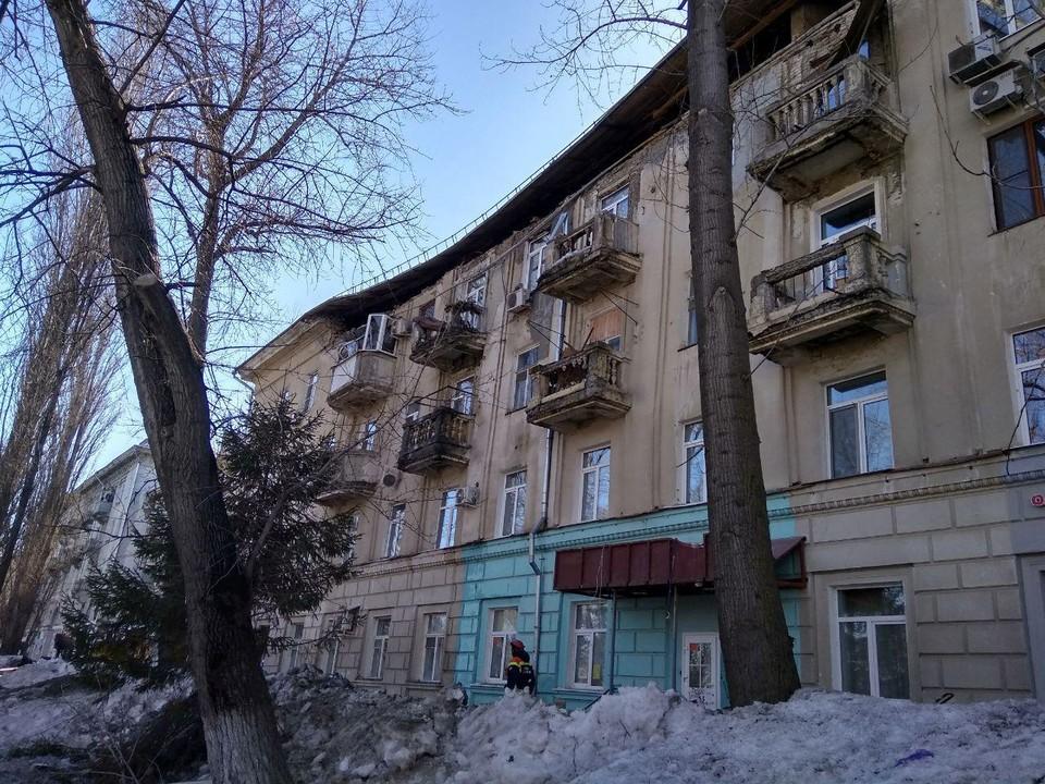 Обрушение стены многоэтажки в Саратове на 50 лет Октября,71