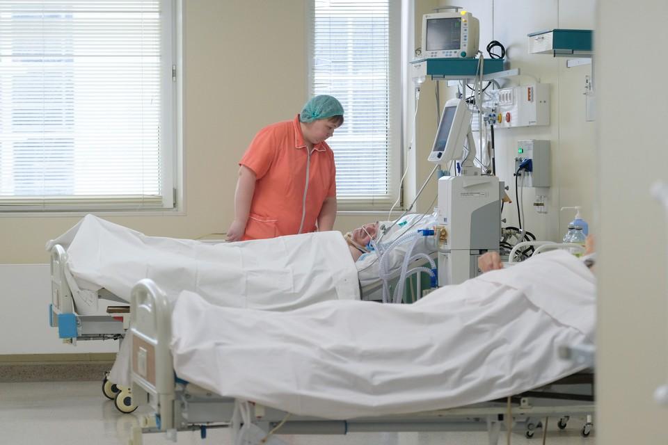 В больницы Петербурга попал 51 пассажир трагического поезда