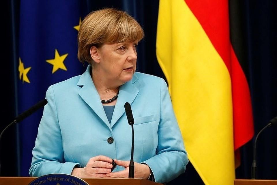 Меркель о Brexit: Британским партиям надо дать больше времени