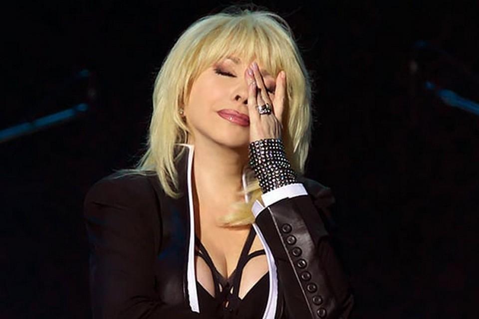 Оскандалившаяся Ирина Аллегрова не намерена молчать после заявлений о том, что ее концерт оказался провальным