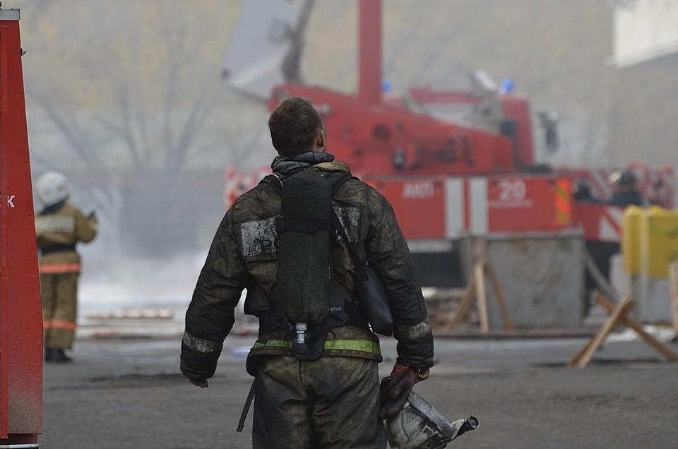 Три человека погибли в страшном ночном пожаре под Красноярском