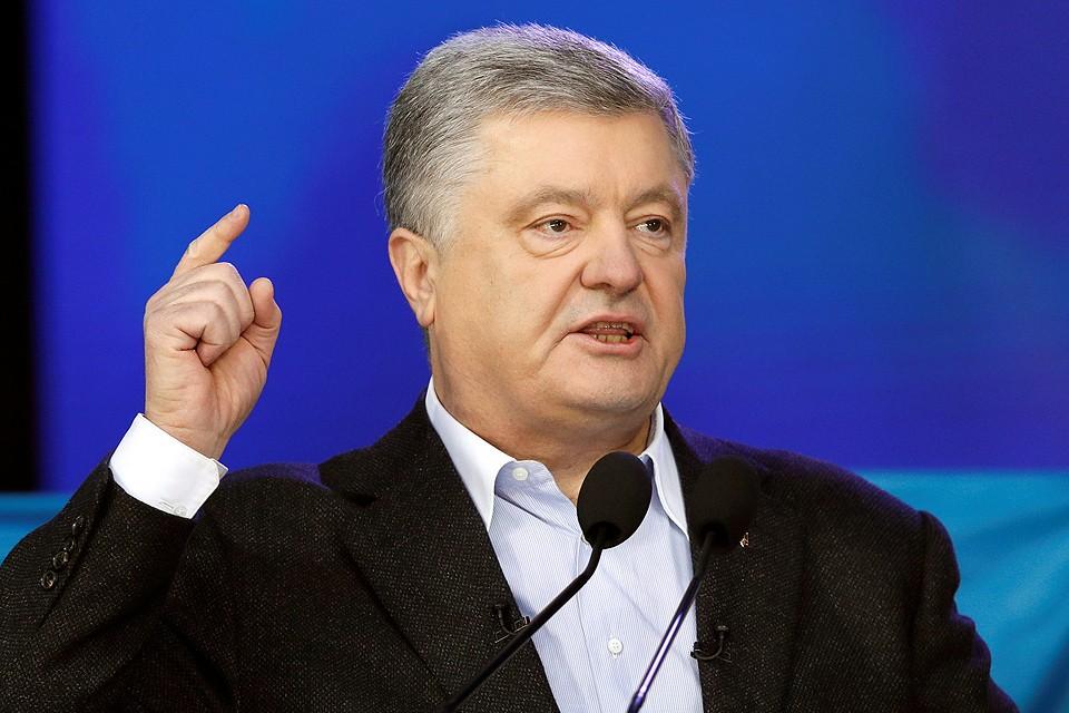 """Петр Порошенко во время дебатов на стадионе """"Олимпийский""""."""