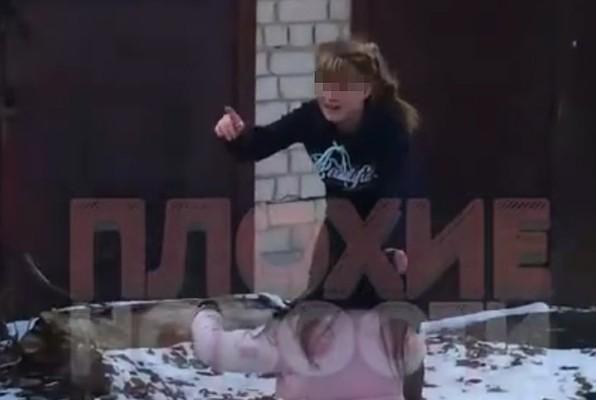 luchshie-video-patsani-snyali-devchonku-i-na-stroyke-rakom-imeli-video-prostitutki-skrituyu
