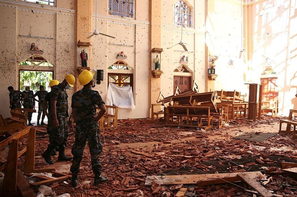 В пасхальное воскресенье, 21 апреля, на Шри-Ланке за сутки прогремели восемь взрывов
