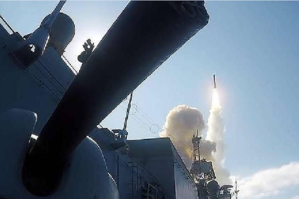 Россия намерена построить 12 модернизированных фрегатов. Фото: снимок с видео/управление пресс-службы и информации Минобороны РФ/ТАСС