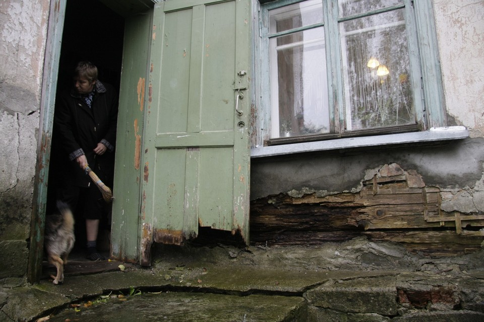 Псковичей переселили из ветхого жилья.