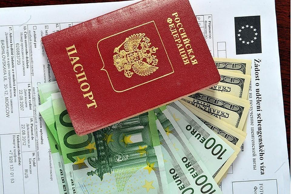 Названы страны, выдающие больше всего шенгенских виз москвичам