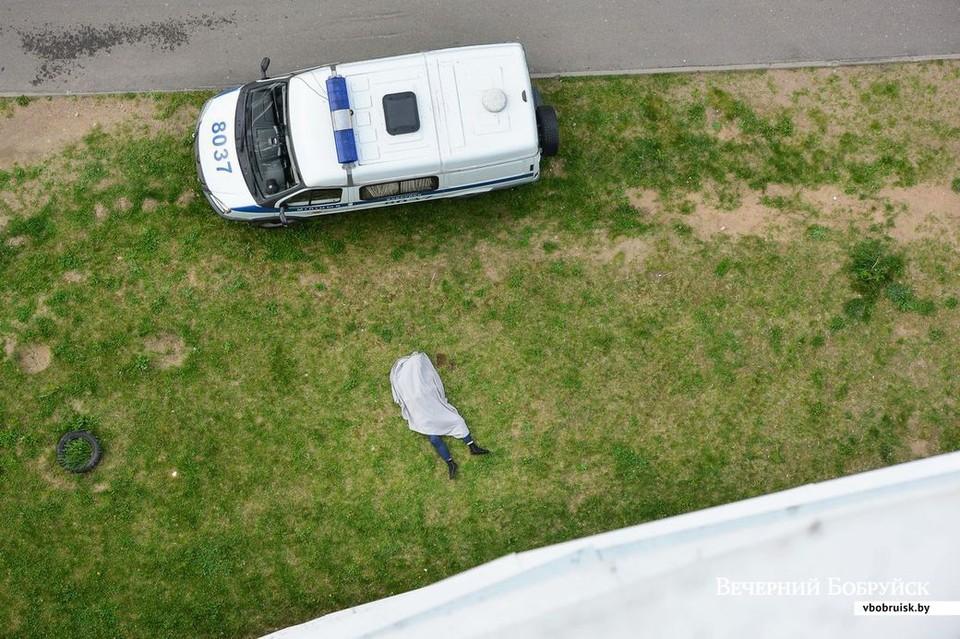 В Бобруйске 22-летний парень выпал с 18-го этажа и разбился. Фото: bobruisk.ru