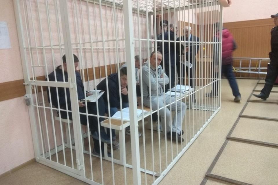 """В Кемерове идет суд по делу о пожаре в """"Зимней вишне""""."""