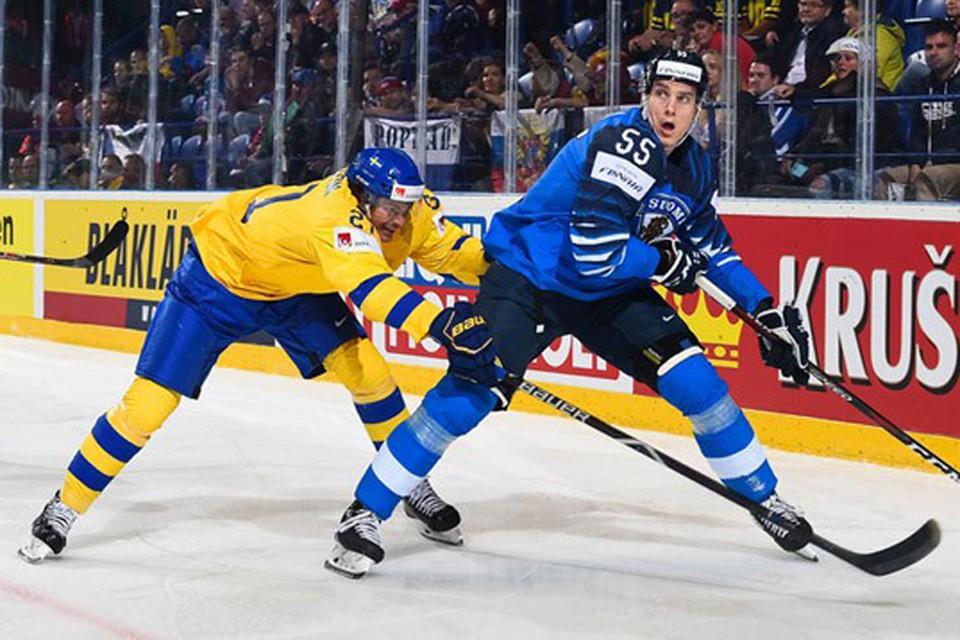 В полуфинале ЧМ по хоккею сыграют Россия и Финляндия. Фото: IIHF.