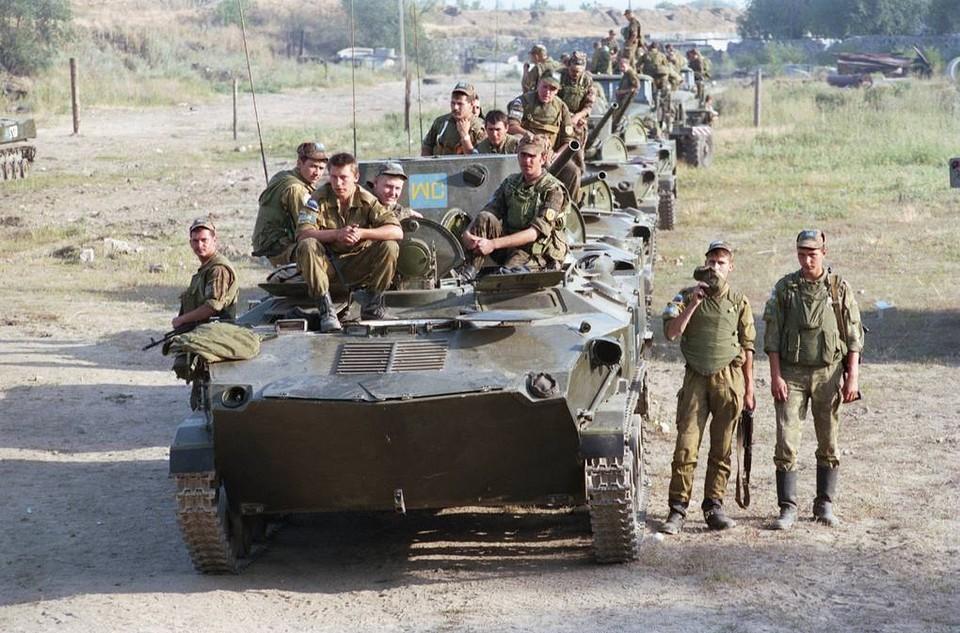 Российский миротворческий батальон на подходе к Бендерам, 1992 год. Фото: ТАСС
