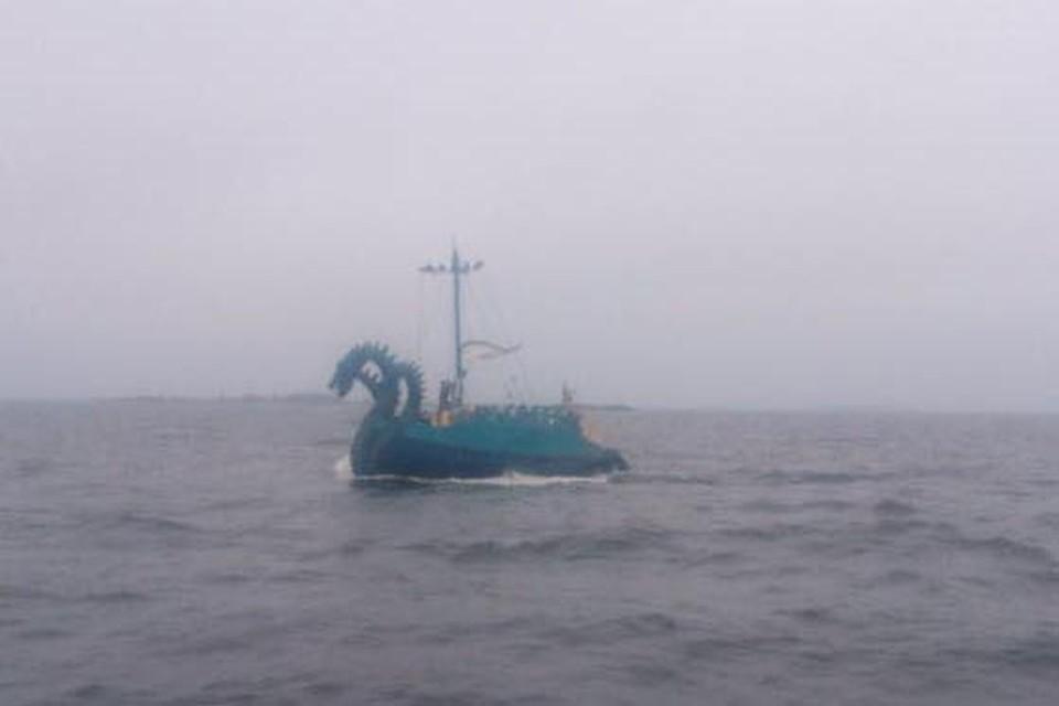 Финские пограничники приняли российскую яхту за трехглавое чудовище. Фото: Facebook береговой охраны Финского залива