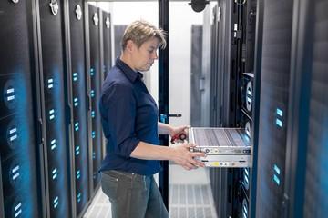Почему важно соответствовать ФЗ-152 о хранении данных?