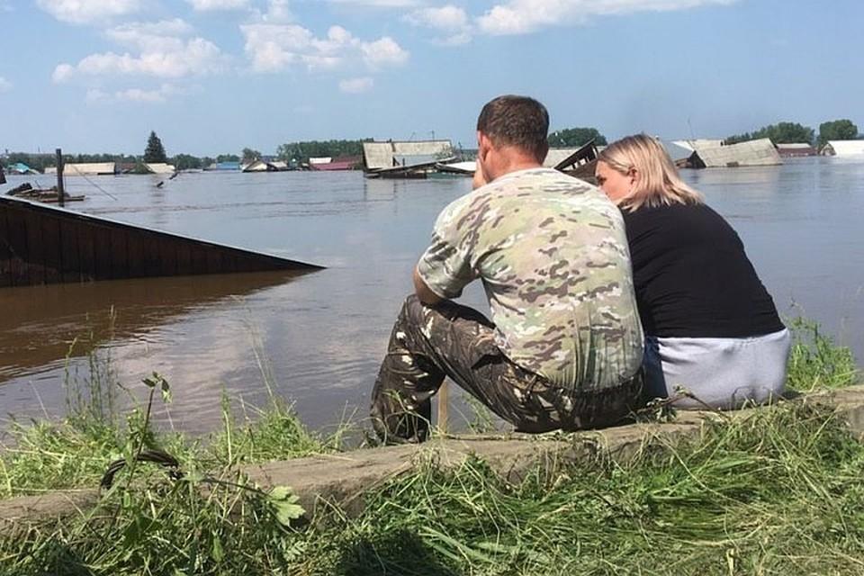 Наводнение в Иркутской области: на пункт сбора гуманитарной помощи требуется помощь волонтеров