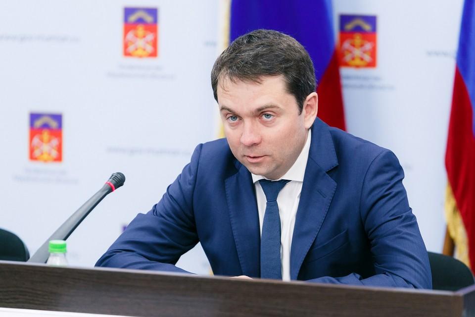 Андрей Чибис выразил свои соболезнования родственникам погибших. Фото: пресс-служба правительства Мурманской области.