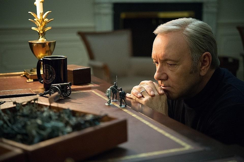 Кевин Спейси в сериале «Карточный домик»