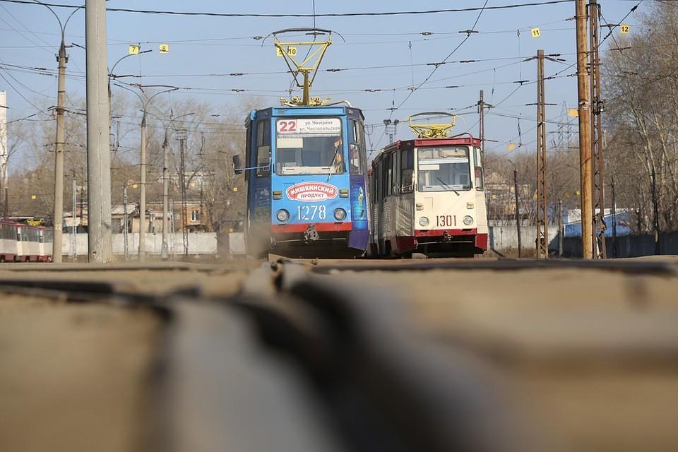 Общественный транспорт находится в стадии банкротства.