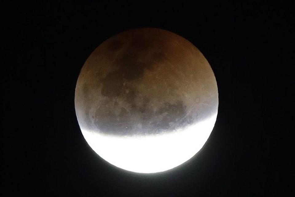Тень от Земли закроет лунный диск не полностью. Фото: astrobel.ru.