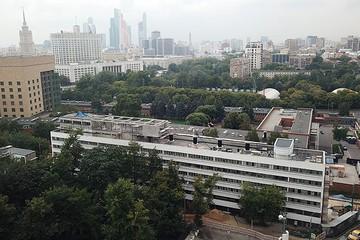 Дом Наркомфина на Новинском бульваре отреставрировали на 80%: двухэтажные квартиры по 66 млн уже проданы